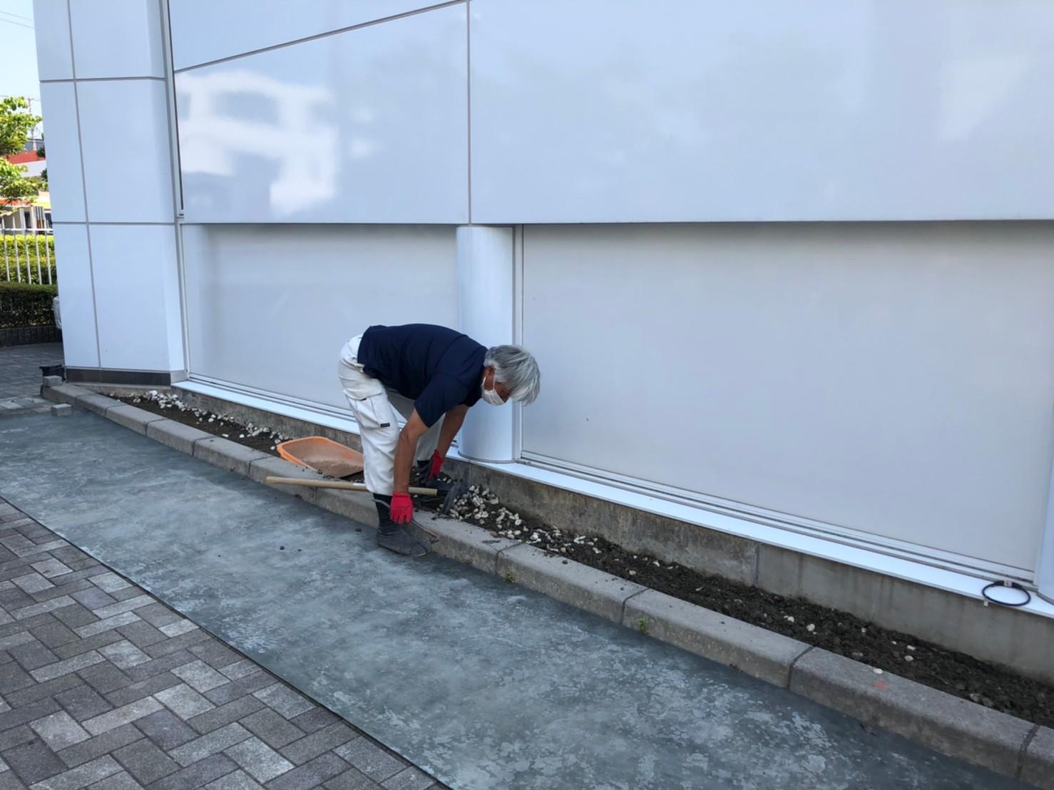 タカラスタンダード静岡ショールーム 駐輪場工事